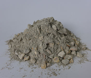 Mullite refractory castables